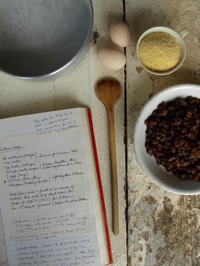 sultana polenta cake ingredients