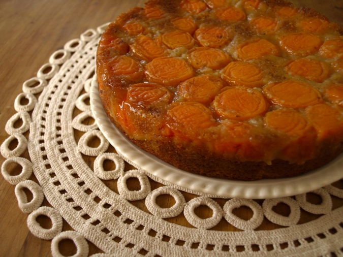 Apricot almond and spice cake